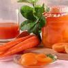 Абрикосы в морковном соке
