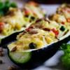 Фаршированные овощами и рисом цуккини под сыром