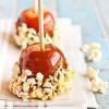 Яблоки в карамели с попкорном