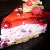 Йогуртово-ягодный торт