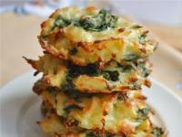 Картофельные оладьи со шпинатом и рикоттой