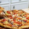 Пицца с картофелем, грибами и розмарином