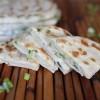 Постные лепешки с зеленым луком
