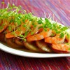 Салат из помидоров с креветками