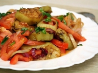 Салат с баклажанами и помидорами: