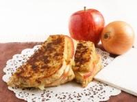 Сэндвич с яблоком и сыром