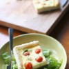 Тарт с козьим сыром и помидорами