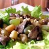 Теплый салат с куриной печенкой