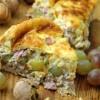 Виноградный пирог с сыром и грецкими орехами